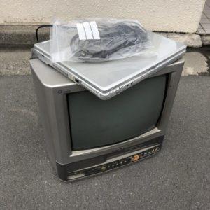 1万円以下でブラウン管テレビやパソコンなどが電話1本で処分できた!運び出しもお任せでお願いできた、と喜んで頂けました!