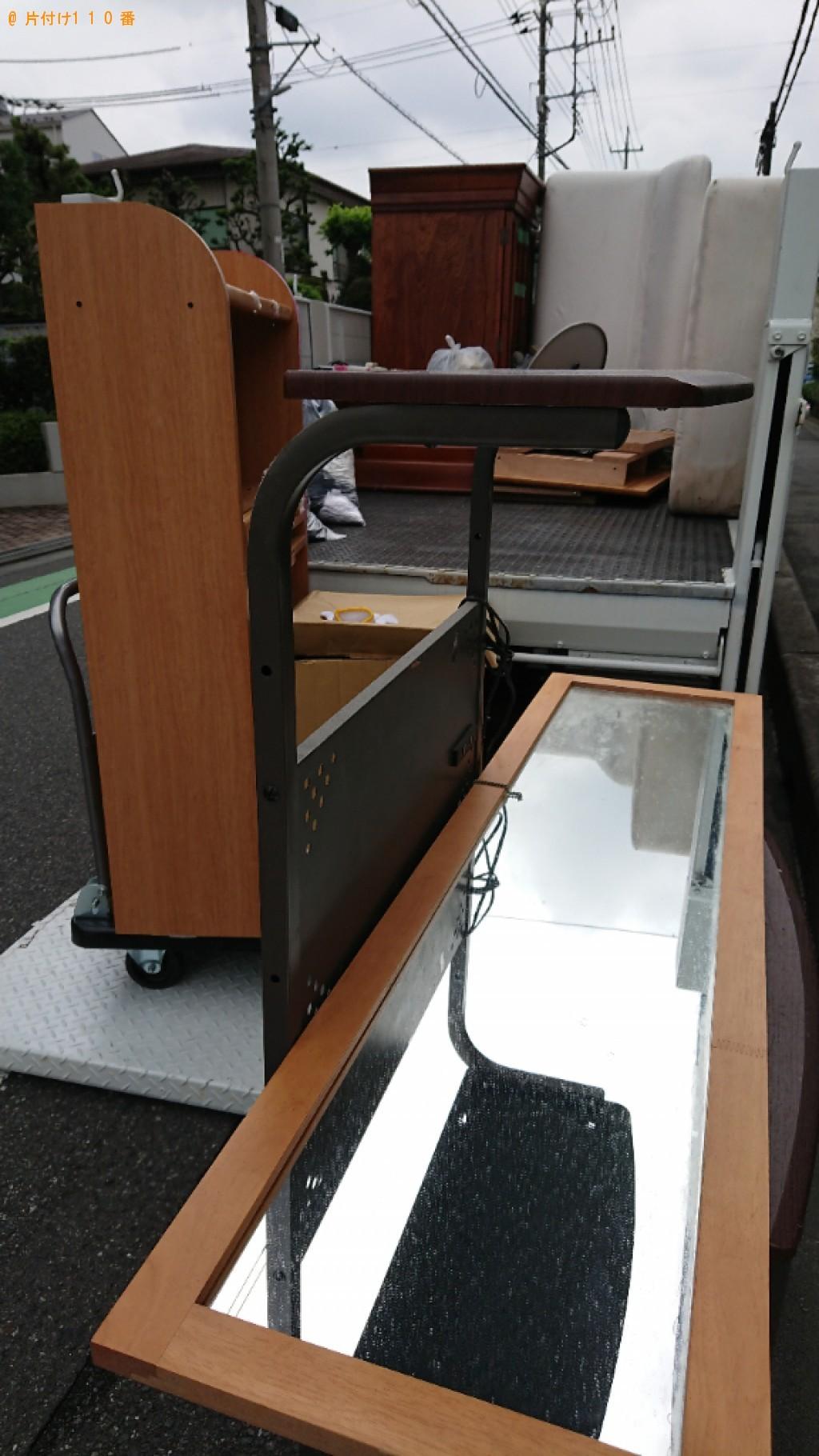 【さいたま市南区】パソコン、PCデスク、学習机等の回収・処分
