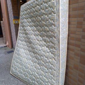【さいたま市浦和区】ダブルベッド、ベッドマットレスの回収・処分