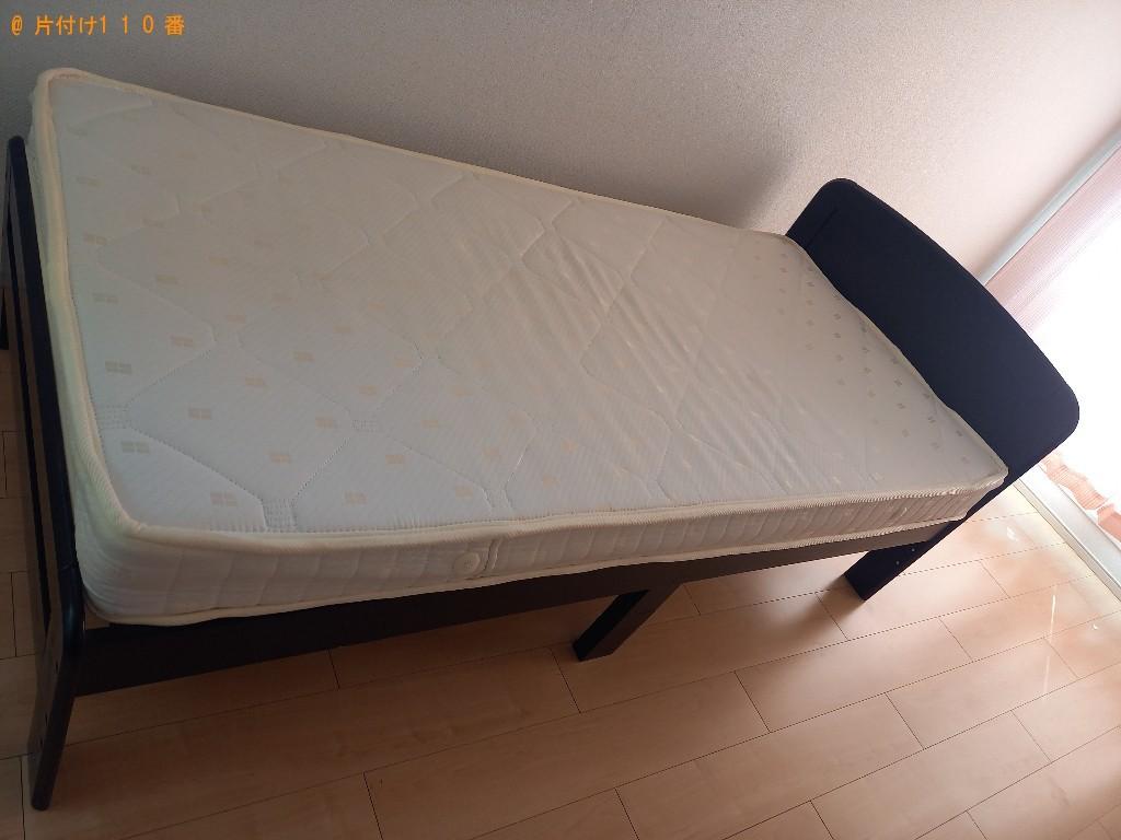 【八潮市】マットレス付きシングルベッド、テレビ台の回収・処分