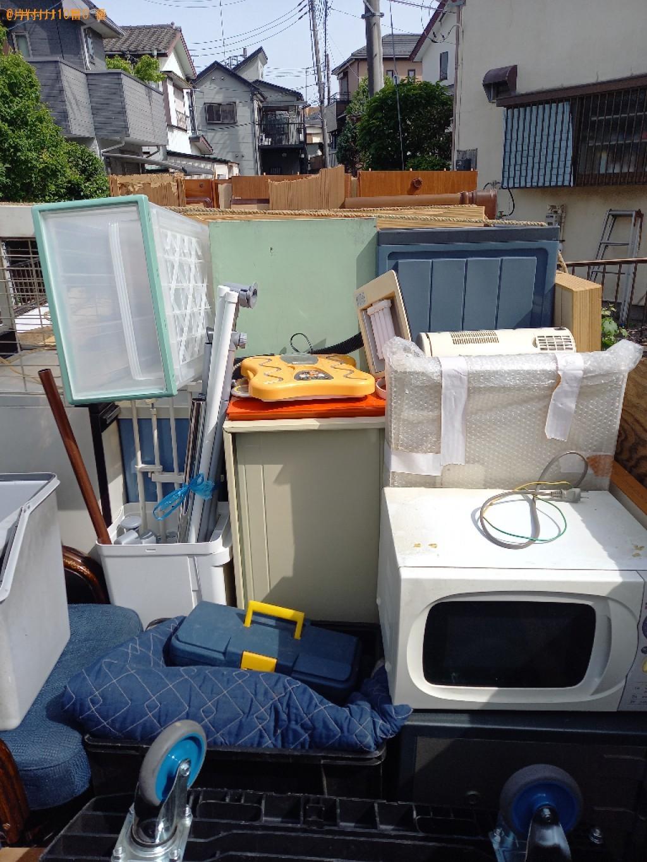 【上尾市】食器棚、タンス、椅子、収納ケース、物干し竿等の回収